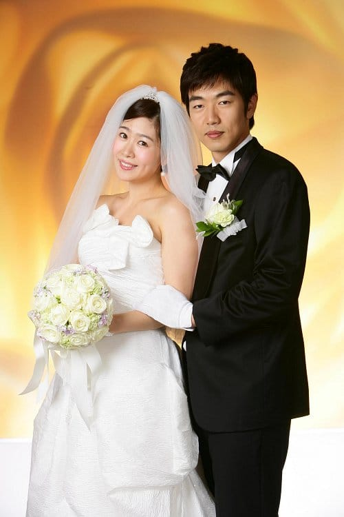 http://www.koreandrama.org/wp-content/uploads/2010/06/marry5.jpg