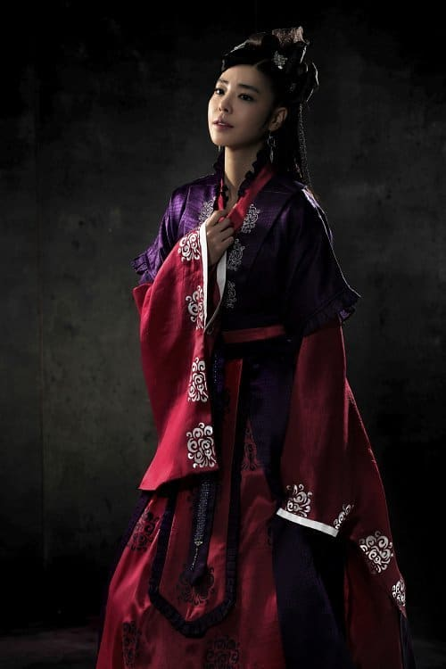 http://www.koreandrama.org/wp-content/uploads/2012/01/God-of-War6.jpg