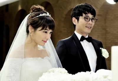 Cunning Single Lady 02