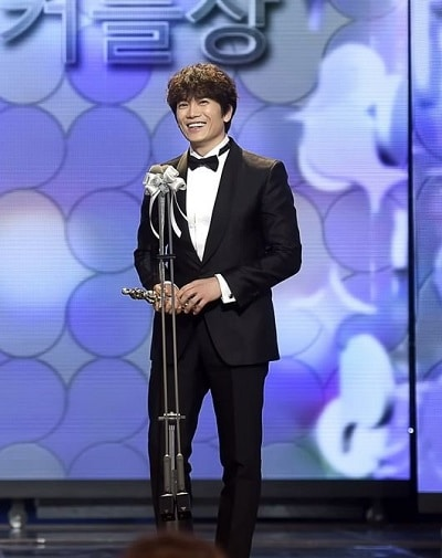 Mbc korean drama awards 2012 winners / The football players in the