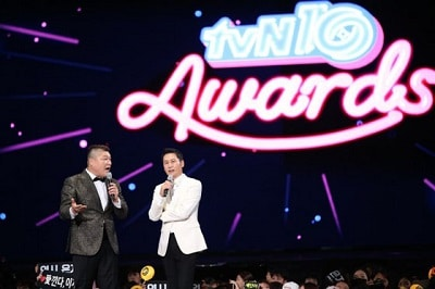 2016-tvn10-awards-mc01